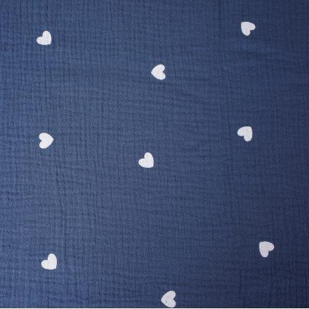 Муслін сердечка на синьому